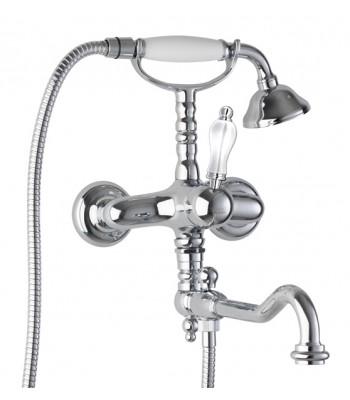Gruppo vasca esterno con doccia e flessibile e bocca in stile girevole